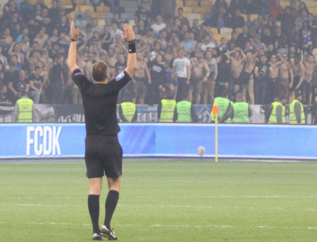 Почему судьи не засчитали гол Шахтера и не назначили пенальти в ворота Динамо